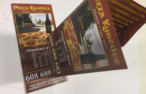 Leták skládačka A4 na DL. Pizza Kunětice včetně drobných grafických úprav.
